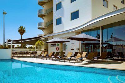 8676.11703.perth_.crown-promenade-perth.amenity.swimming-pool-Fs92jGam-13699-853x480-1.jpeg